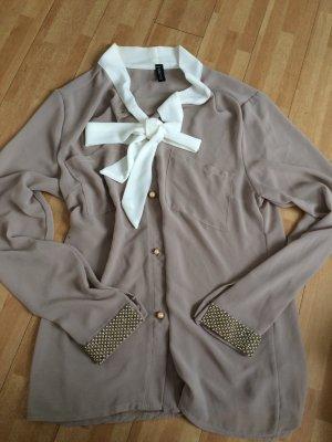 Wunderschöne Bluse mit Glitzerärmeln