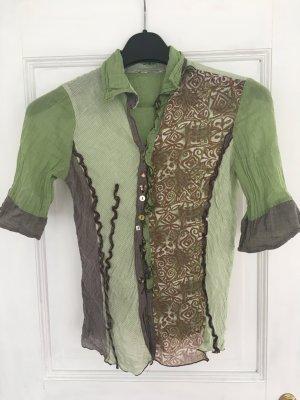 Wunderschöne Bluse mit süßen Details