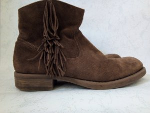 wunderschöne boots in wildleder mit fransen