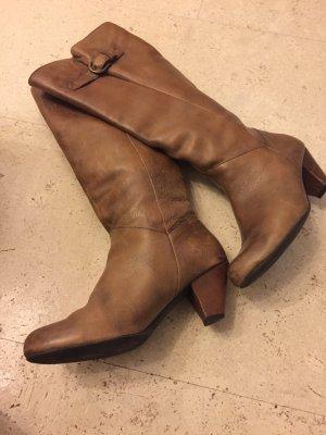 Wunderschöne echtleder Stiefel in der Farbe Congac, Größe 37