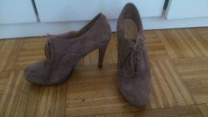 wunderschöne, extrem bequeme schlammfarbene High Heels