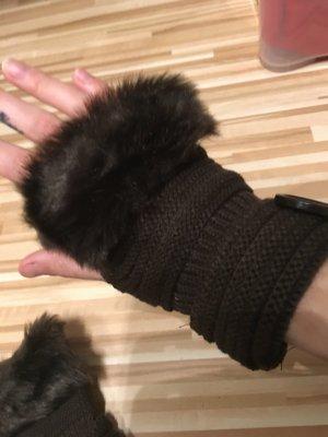 Wunderschoene fingerlose Handschuhe dunkelbraun