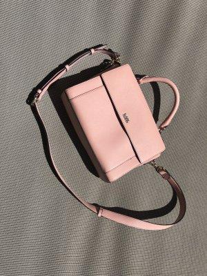 Wunderschöne Handtasche von KARL LAGERFELD