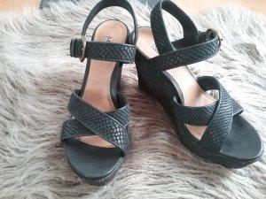➰Wunderschöne Keil- Sandalen von UGG Australia...TOP Zustand!!!➰
