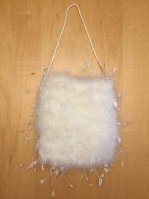 Wunderschöne kleine weiße Tasche aus Federn für die Boho Braut  Hochzeit