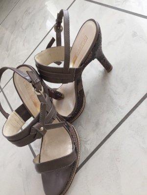Wunderschöne Leder-Sandalen in taupe