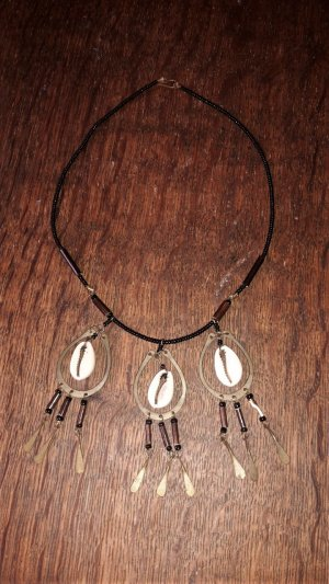 Shell Necklace black-white