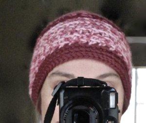 Chapeau en tricot rose clair-rose laine vierge