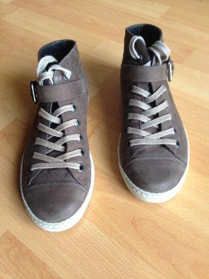 Wunderschöne Paul Green Sneakers Schuhe Größe 37, UK 4, braun, neuwertig, kaum getragen