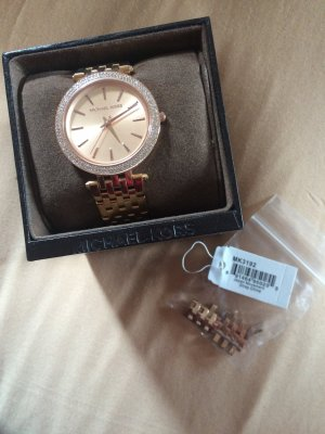 Wunderschöne rosé-goldene Armbanduhr