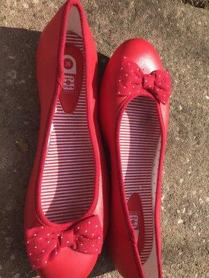 Wunderschöne rote ballerinas
