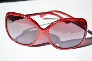 Wunderschöne rote Chanel Sonnenbrille