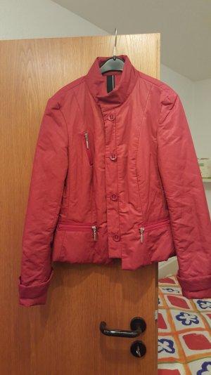 Wunderschöne rote und ganz neue AIRFIELD Jacke in Größe 36