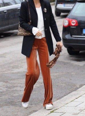 Marlene Birger Pantalon pattes d'éléphant cognac