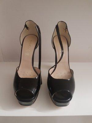 wunderschöne Sandalen  aus Lack Leder