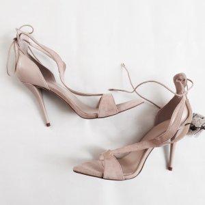 Wunderschöne Sandaletten von ZARA, nude, Gr. 40