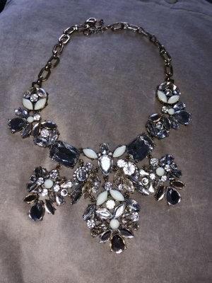 Wunderschöne schicke Halskette kurze kette Chanel Look