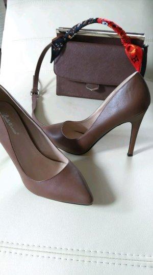Wunderschöne Schuhe in Braun