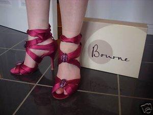 Wunderschöne Schuhe von Bourne in Gr. 37