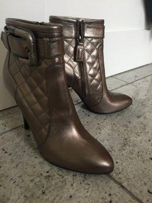Wunderschöne Schuhe von Burberry