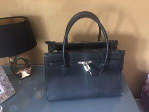 Wunderschöne schwarze Valentino