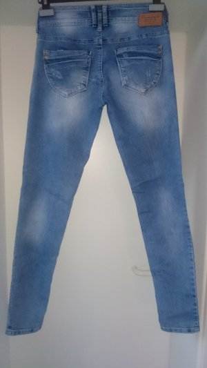 Wunderschöne Skinny-Jeans