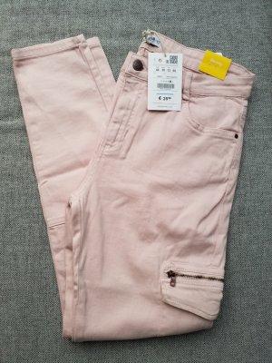 wunderschöne Skinny Jeans von Pull & bear in Größe 40 mit Etikett und Reißverschlüssen