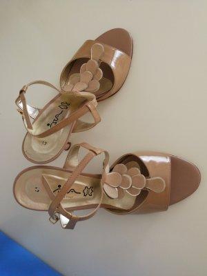 Wunderschöne Smarte Sandaletten