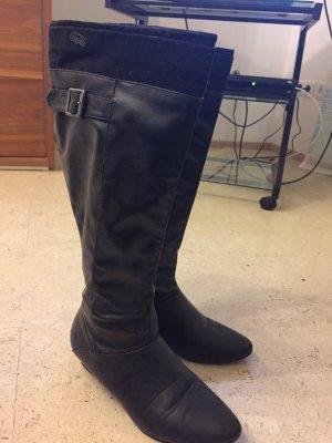 Wunderschöne Stiefel der Marke Buffalo, leider Schönheitsfehlern