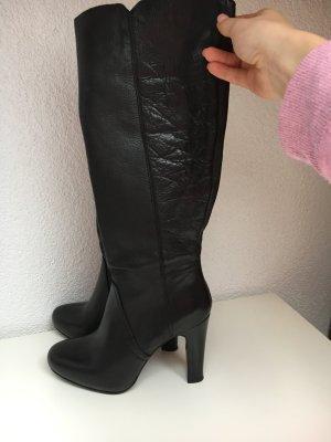 Wunderschöne Stiefel von Ovye