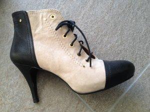 Wunderschöne Stiefeletten, High Heels, ZARA, neuwertig