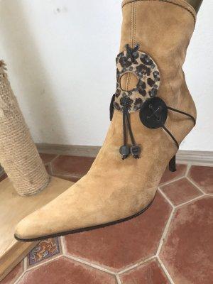 Wunderschöne Stieflette von Mario Cerutti, KP 99€