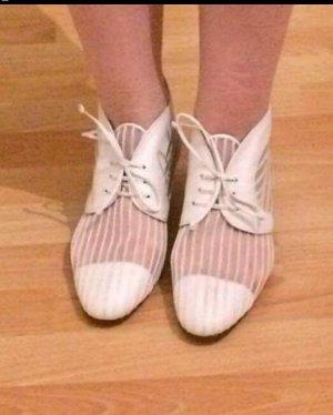 Wunderschöne ungetragene Schuhe von Bally