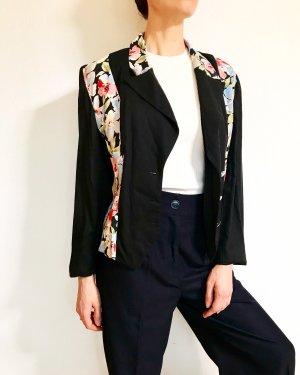 Wunderschöne Vintagejacke mit ausgefallendem Ruecken und Blumenprint ad941c2bce
