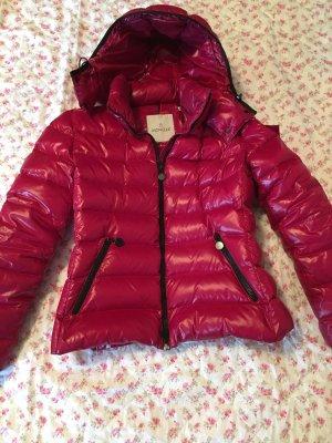 Wunderschöne warme Moncler Jacke