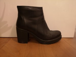 Tamaris Winter Booties black