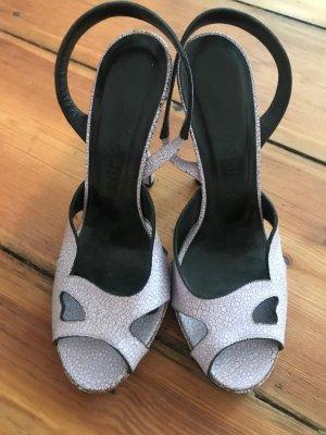 Wunderschöne, zarte High Heel Leder-Sandaletten von Rochas