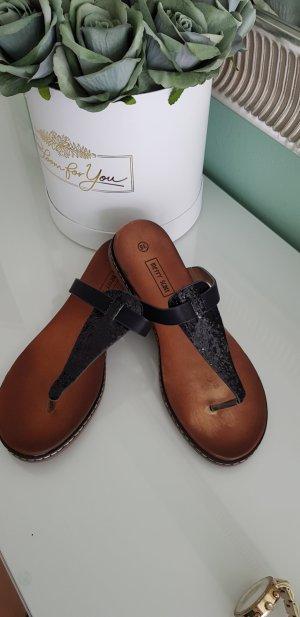 High-Heeled Toe-Post Sandals black mixture fibre