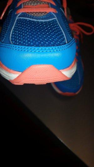 wunderschönen Nike Turnschuhe