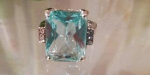 Zilveren ring lichtblauw