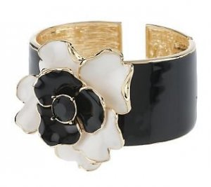 Kenneth Jay Lane Armlet black-white