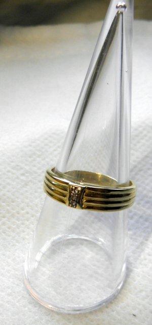 Wunderschöner dezenter Diamant-Ring 585/-Gelbgold