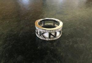 Wunderschöner DKNY Ring