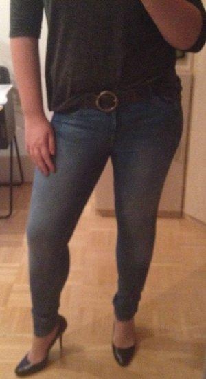 wunderschöner Jeansgürtel im Used-Look