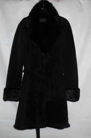 Wunderschöner Mantel mit Fell-Details von Milestone