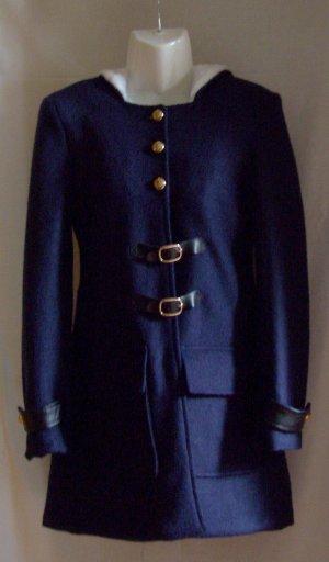 Wunderschöner marineblauer Mantel, Kapuze mit Kunstfell Gr. S (34-36)