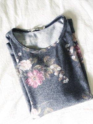 Wunderschöner Obersized Pullover weich Blümchen Blumen Frau S 36