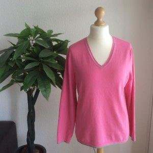 Wunderschöner Pullover von GERRY WEBER mit hellgrüne Abschüsse!