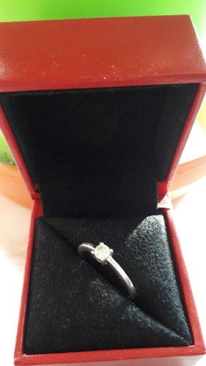 Wunderschöner Ring