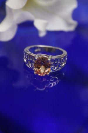 wunderschöner Ring * apricotfarbener Stein * Silber * gestempelt * nie getragen * NEU *